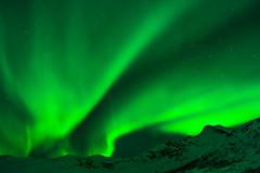 northern lights (.christoph.G.) Tags: schnee winter mountain snow green berg norway canon landscape lights star 28mm norwegen aurora grn northern landschaft borealis sterne troms fd nordlys troms 28 nordlicht