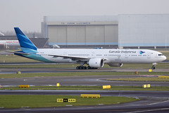Garuda Indonesia PK-GIF 23-1-2016 (Enda Burke Photography) Tags: travel holiday window netherlands dutch amsterdam plane canon indonesia evening fly flying wings holidays flight wing engine nederland landing engines 7d netherland planes pan boeing schipol panning takeoff 777 runway nederlands ams pilot flightdeck garuda winglets taxiing eham taxiway boeing777 b777 777300 ge90 7773 b777200 garudaindonesia landingear pkgif 7dmk2 canon7dmk2