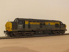 37083 Dutch (37686) Tags: wagon models class bachmann 37 oo spa gauge hornby ftg