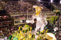 The Man from La Mancha (Rice Bear) Tags: carnival brazil rio statue brasil riodejaneiro giant br feathers carnaval donquixote floats sambadromo sambadrome