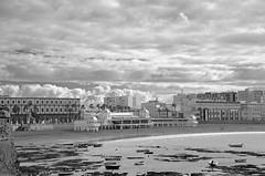 La Caleta (Cazador de imgenes) Tags: street winter espaa beach photo spain nikon foto streetphotography 15 playa andalucia cadiz streetphoto invierno andalusia cdiz andalusien diciembre spagna spanje andalousie spania caleta lacaleta 2015 spange cadice cadix photostreet   d7000