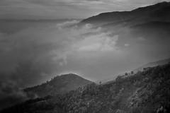 Atmosfere (lefotodiannae) Tags: panorama blackwhite nikon nuvole d e 3200 bianco atmosfera nero oasi zegna lefotodiannae