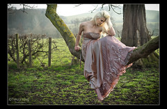 Alicia (Trev K1) Tags: wedding sunset mist tree grass zeiss pose outside spring model dress alicia sony jena carl oxfordshire 135mm a7ii conder