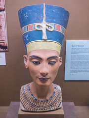 Nefertiti Bust (melastmohican) Tags: california old portrait sculpture woman art history beautiful beauty face statue museum female us necklace ancient unitedstates adult head antique famous egypt culture sanjose style queen bust egyptian pharaoh crown ideal nefertiti statuette amarna