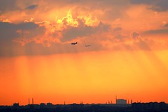 P1000703 TWO PLANES (omersad) Tags: sunset sky urban airplanes moda istanbul cityskyline panasoniclumix fz1000
