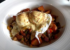 Breakfast hash at Timberwolf (Ruth and Dave) Tags: vegetables breakfast restaurant sauce eggs brunch mustard squamish hash timberwolf poachedeggs