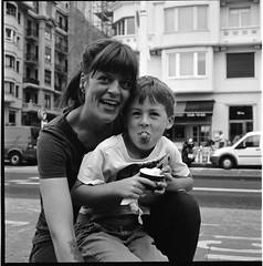 :) & :p (Imanol 6x6) Tags: street portrait blackandwhite bw 120 6x6 film eh rolleiflex mediumformat kodak trix 400 mf nophotoshop sansebastian f28 donostia trl 500x500