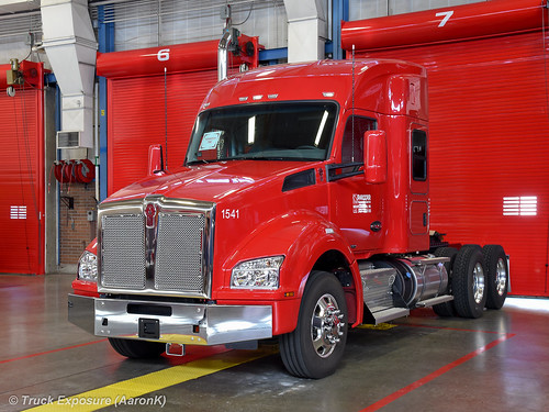 PACCAR Technical Center Kenworth T880 52