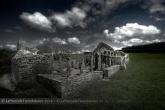 Chapelle de Languidou (Azraelle29) Tags: bretagne ruine chapelle finistre azraelle languidou treogat tamron1024 sonyslta77 azraelle29