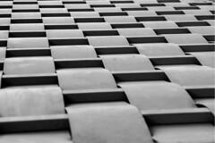 Waves (Leandro C Rodrigues) Tags: bw lines linhas blackwhite waves pattern squares perspective pb diagonal perspectiva formas ondas quadrados padrao