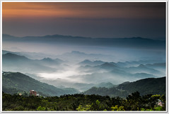 MOUNTAINS (canon-Tom) Tags: longexposure sunset sky cloud sun mountain color fog sunrise
