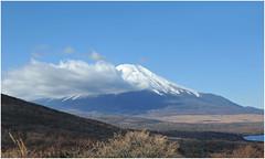 73 (Joe Nathan78) Tags: cloud japan landscape fuji mountfuji nuage japon