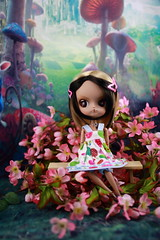 Within the flowers (twilitize) Tags: camera fiction girls cute art girl beautiful beauty gardens canon dark fun happy photography cool doll dolls florida good girly kali magic adorable dal cutie pop adventure fantasy groove pullip playtime dolly popular darling pullips photostream daring dollphotography canonphotography floridaphotography pullipphotography