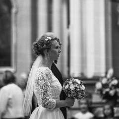 Iza & Rafa (kamykfoto) Tags: wedding white black back 1600 hp5 pentacon six ilford