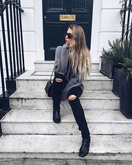 (waluntain) Tags: haircut girl beautiful beauty fashion hair long waves pants style wave ombre blonde brunette hairstyle wavy hairstyles baggy