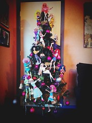 Jem Xmas Tree (screamboy19) Tags: jem kimber aja shana raya pizzazz roxy jetta stormer rapture riot minx clash jerrica holograms misfits stingers xmas tree fashions integrity 80s cartoon christmas climb bands