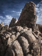 Leaning Forward (DPRPhoto) Tags: desertlandscape rockformations joshuatreenationalpark surprisetank