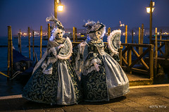 Carnaval Venise 2016-1838 (yvesw_photographies) Tags: italien venice costumes italy italia carnaval venise carnevale venezia venedig italie venitian costum costumi costumé vénitien vénitienne costumés carnavaldevenise2016