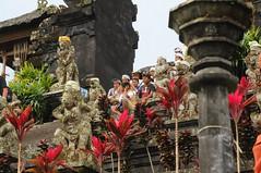 Besakih - Aufgang zum Mutter-Tempel Balis; Indonesien (2) (Chironius) Tags: bali indonesia besakih indonesien