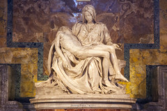 Piet di Michelangelo (iSalv) Tags: italy rome roma canon eos italia imac ps michelangelo lightroom basilicadisanpietro piet 24105f4lis 1dmarkiii