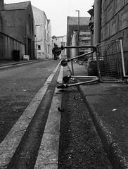 Y troli siopa / The shopping trolley (Rhisiart Hincks) Tags: england blackandwhite bw blancoynegro lancashire angleterre blackpool inghilterra blancinegre lloegr fylde blancetnoir  duagwyn zwartenwit ingalaterra brosaoz sirgaerhirfryn sasana fyldecoast holidayresort zuribeltz feketefehr anglie anglaterra dubhagusbn gwennhadu siyahvebeyaz  juodairbalta powsows sasainn schwarzundweis ernabl mustajavalkoinen  crnoibelo angletrra  ngilandi melnsunbalts cyrchfangwyliau negruialb dubhagusgeal  rnoinbelo