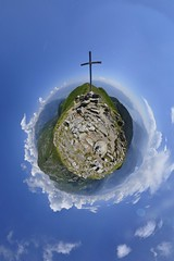 Weit oben (die sternenbeleuchtung) Tags: ticino nikon berge locarno wandern smallworld 360x180 360 cardada nodalpunktadapter smallplanet nikond90 nodalpunkt nodalpointadapter