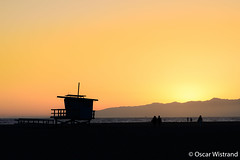 Sunset (Oscar Wistrand) Tags: travel venice sunset sky usa beach la losangeles shadows horizon lifeguard venicebeach goldenhour usa15