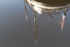spiegeling in de Vaart (Assen) (willemsknol) Tags: assen vaart pannenkoekenboot willemsknol