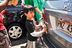 20160326 Free Car Wash_06 (refreshministries) Tags: easter t1 t2 t6 t7 t65 freecarwash t107 t314 t311 t980 t322 t979 refreshkids refresheden refreshhawaii