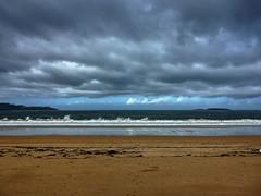 Praia Amrica 09 un da de lluvia (Pepe Fernndez) Tags: autumn mar paisaje nubes otoo olas gaviotas panxn nigrn playaamrica praiaamrica