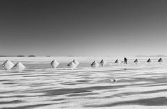 Uyuni_saltpan_pyramid BK 0508416 (Yori Hirokawa) Tags: de daylight pyramid salt flats salar saltflats uyuni saltpan