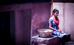 Flower Girl (**James Lee**) Tags: india flowergirl hindu