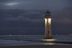 Now you see me (alundisleyimages@gmail.com) Tags: longexposure lighthouse seascape building night lowlight wirral newbrightonbeach rivermersey newbrightonlighthouse portsandharbours