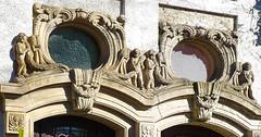 Zwei Hauseingnge (JohannFFM) Tags: frankfurter jugendstil hauseingang offenbach deko strase