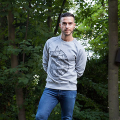 EDGES & VERTICES - Men's Raglan Sweatshirt. (Martino Francesco) Tags: winter design spring warm soft geometry screenprinting sweatshirt lightgrey reglan