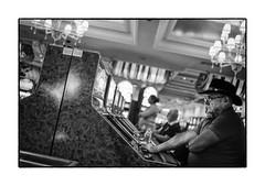 Un giocatore al casino dell'Hotel Luxor (pietro marino) Tags: travel people bw usa game america lasvegas casino