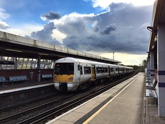 Southeastern 376021 (Boxley) Tags: london train electrictrain southeastern eltham electricmultipleunit electrostar class376 bexleyheathline