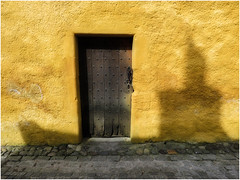 Culross shadows (Janbro) Tags: abstract architecture scotland colours culross bethbro