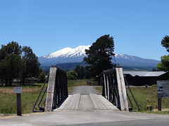 Mt Ruapehu (Home Land & Sea) Tags: old bridge newzealand summer mountain wooden snowcapped nz pointshoot sonycybershot ohakune mtruapehu homelandsea dschx100v