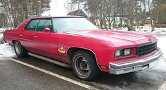 1976 Chevrolet Caprice Classic (crusaderstgeorge) Tags: red cars chevrolet c classiccars 1976 tlc caprice americancars redcars americanclassiccars americancarsinsweden 1976chevroletclassic