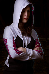 Spider-Gwen Hoodie (Dosik Lens) Tags: lighting white fashion lens spider clothing geek stacy spiderman dramatic clothes gwen verse dosik geekfashion gwenstacy spidergwen spiderverse dosiklens