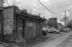 Shed (geowelch) Tags: toronto blackwhite hc110 35mmfilm parkdale urbanlandscape plusx urbanfragments pentaxspotmatic dilutionh plustekopticfilm7400 35mmf35supermulticoatedtakumar