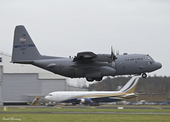 USAF Texas Air National Guard C-130H 85-1364 (birrlad) Tags: ireland cloud rain weather airplane airport texas force aircraft aviation air united airplanes guard landing international shannon national finals states reach arrival airforce approach usaf runway hercules prop c130 arriving snn c130h turboprops 851364 rch252