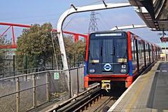 (ani1134) Tags: railroad railway dlr cityrail