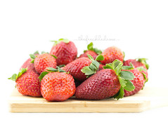 076 | 366 {yum} (thefreckledrose) Tags: red food fruits fruit canon 50mm march spring healthy strawberry berry berries yum sweet eating harvest strawberries indoor delicious whitebackground eat crop snack photoaday produce 365 day76 healthysnack 2016 366 digitalcameraworld digitalphotographyschool 365daysproject 76366 shuttersisters beautifulcaptures theworldisee thefreckledrose366 366the2016edition 3662016 16march16
