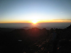 Sunrise viewed from Lenana Peak, Mount Kenya (John Steedman) Tags: africa sunrise trek kenya peak afrika sonnenaufgang kenia afrique eastafrica mountkenya ostafrika  lenana    afriquedelest     lenanapeak