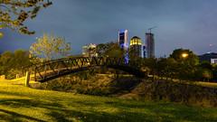 Parque Rufino Tamayo (ricardogz10) Tags: parque skyline méxico night de lens mexico puente lights luces noche san sony pedro leon e kit silueta garcia alpha león monterrey nuevo pz rufino oss garza garcía tamayo ilce f3556 1650mm a6000