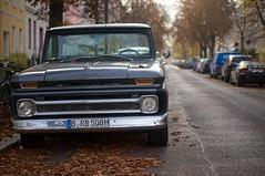 Herbert-Baum-Strae, Berlin-Weiensee (danichtfr) Tags: chevrolet truck 1963 kseries guessedberlin hkennzeichen gwbschlafauto