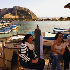 Pausa Sigaretta (giuliamonteleone) Tags: sea relax women palermo sicilia mondello sigaretta
