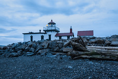 Lighthouse (Valeriy T) Tags: seattle lighthouse discoverypark westpoint